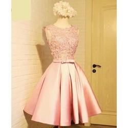 Đầm xoè công chúa xinh xắn