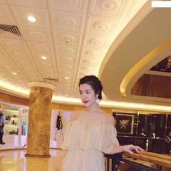 Đầm xòe tầng trễ vai xinh xắn