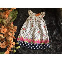 Váy chấm bi cổ  yếm chân hoa