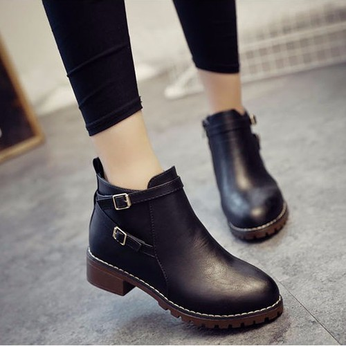 Giày boot nữ da bóng đế thô trẻ trung 3cm