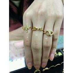 nhẫn vàng xinh lung linh