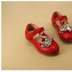 Giày búp bê kết hình thiên nga cho bé
