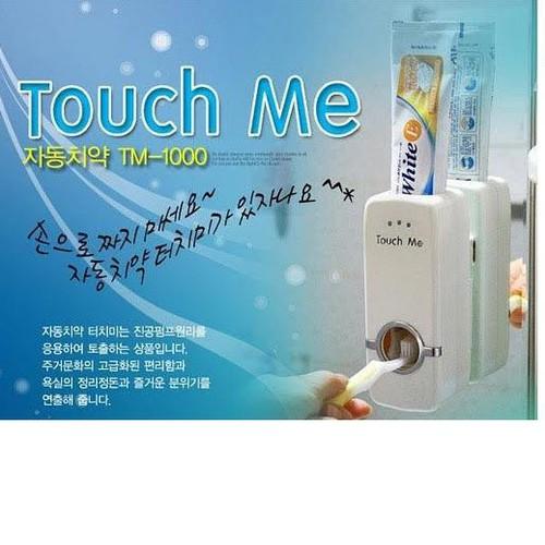Máy Xịt Kem Đánh Răng Tự Động Touch Me Tiện Dụng