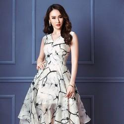 Đầm tùng họa tiêt