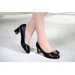 Giày gót vuông đính kim loại DV256