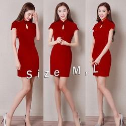 Đầm đỏ sườn xám cổ tàu
