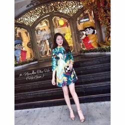 Đầm suông in 3D hình cô gái