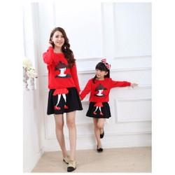 Set áo và chân váy in hình cô gái cho Mẹ và Bé - Đỏ - CIRINO