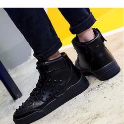 giày sneaker cổ cao nạm đinh Mã: GH0428 - ĐEN