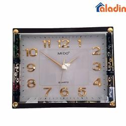 Đồng hồ treo tường phú quý hình vuông đen vàng