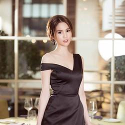 Đầm Đen Thiết Kế Lệch Vai Đẹp Như Ngọc Trinh SXD361