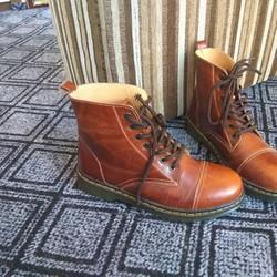 Giày nam cao cổ doc dr1460