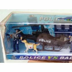 mô hình cảnh sát bắt cướp biển: trực thăng, và xuồng, chó nghiệp vụ