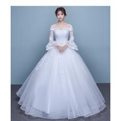 Áo cưới kín đáo, công chúa xòe, tay dài lưới ren