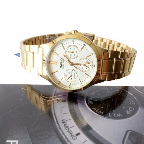 Đồng hồ nữ Casio chính hãng chạy cả 6 kim V300G 9