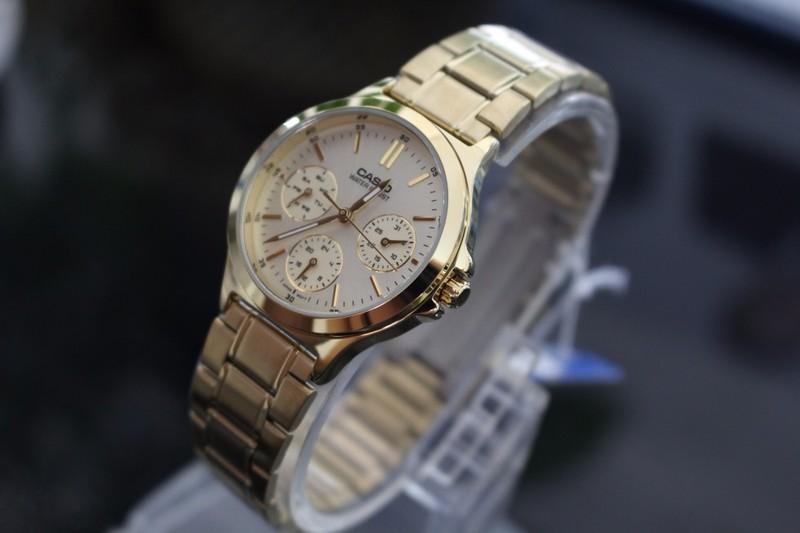 Đồng hồ nữ Casio chính hãng chạy cả 6 kim V300G 10
