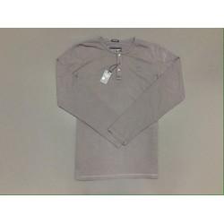 áo thun cotton trụ nút