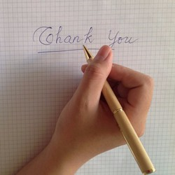 Bút gỗ nắp xoay nhỏ khắc tên theo yêu cầu