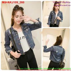 Áo khoác jean nữ tay dài xước nhẹ cá tính AKJ109