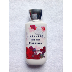 Dưỡng thể Bath Body Works Body Lotion Cherry Blossom