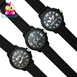 Đồng hồ dây nhựa mặt khía