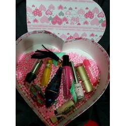 quà tặng trái tim valentine bạn gái 8 tháng 3 combo son