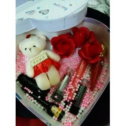 quà tặng sinh nhật cho nữ và bạn gái trái tim 8 tháng 3 combo son môi