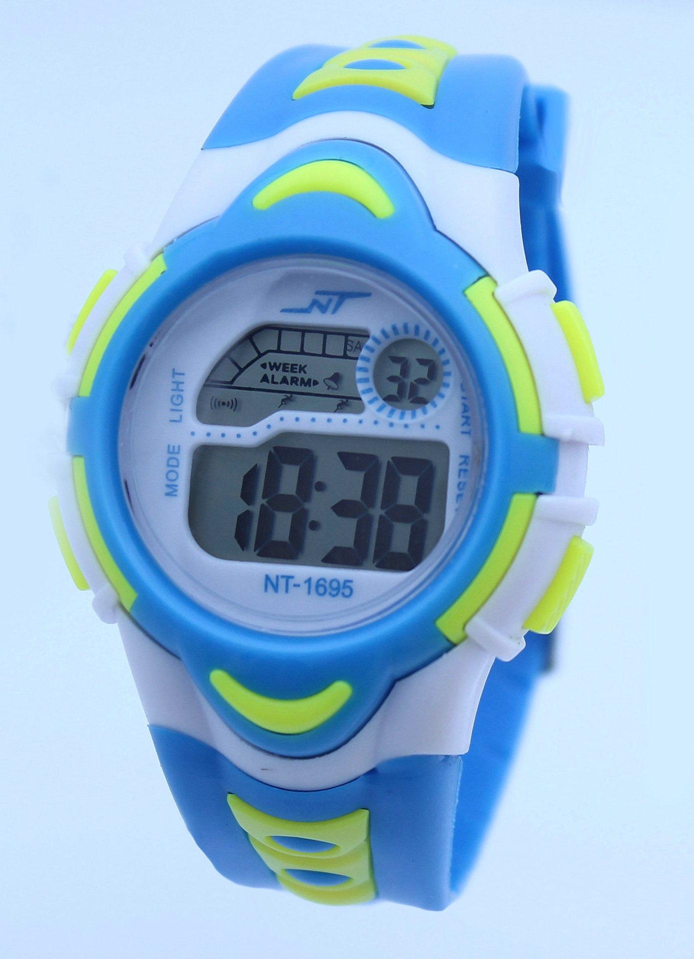 Đồng hồ điện tử trẻ em NC789 2