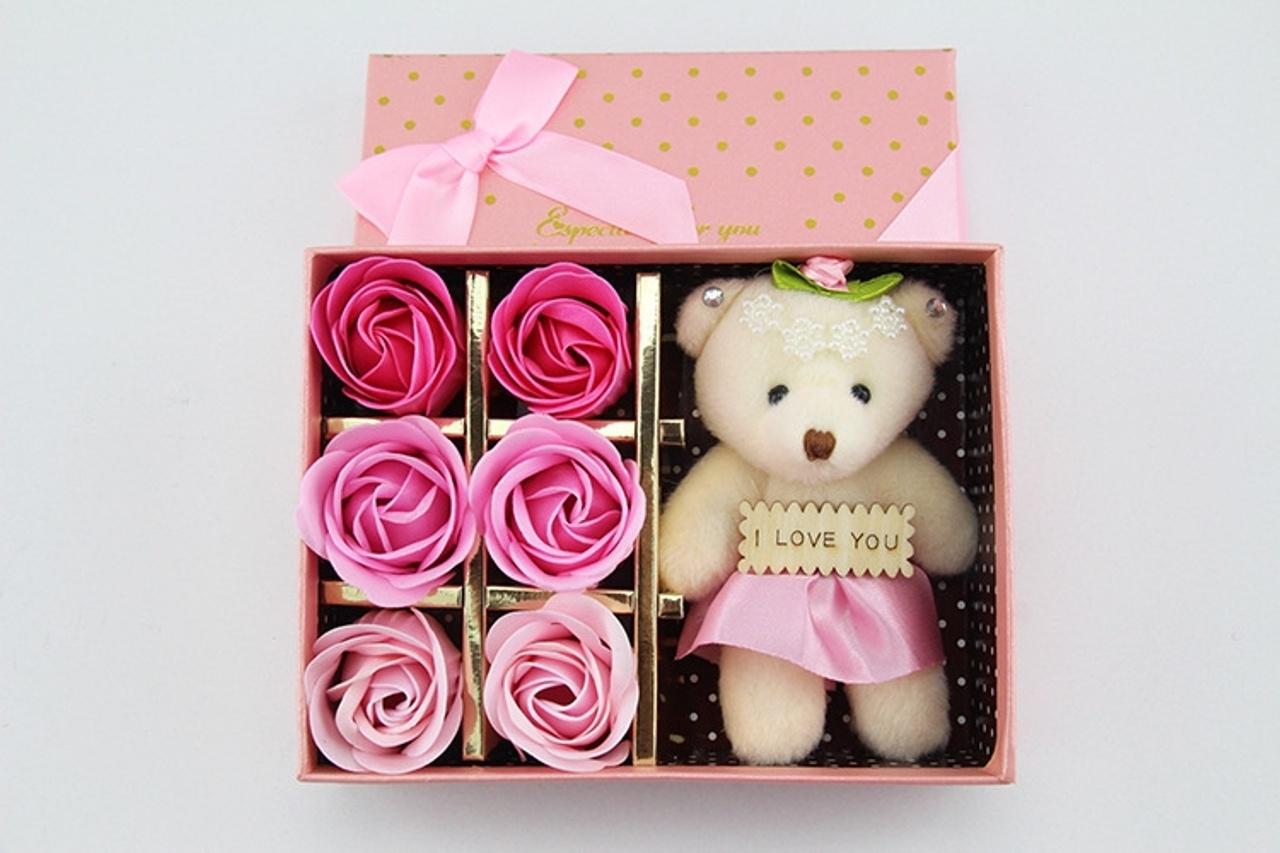 hoa hồng sáp thơm hộp 6 bông kèm GẤU 5