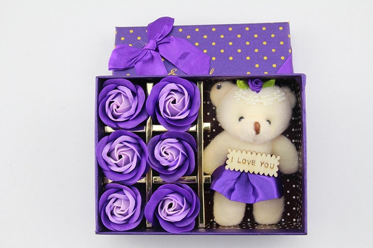 hoa hồng sáp thơm hộp 6 bông kèm GẤU 6