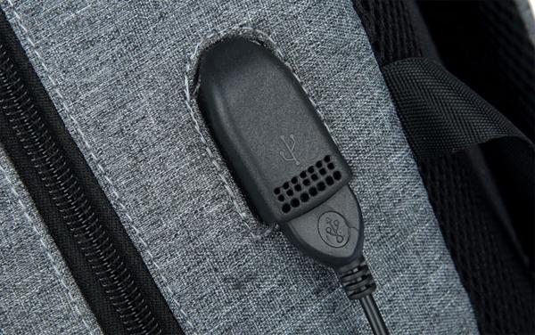 Balo laptop có cổng xạc điện thoại 16