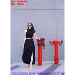 Sét áo kiểu sát nách cổ yếm phối chân váy xòe xẻ tà SEV426 View