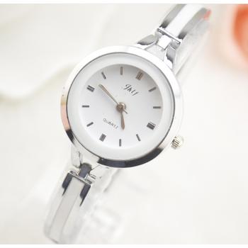 Đồng hồ nữ lắc tay đính đá thời trang JW