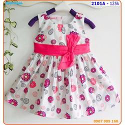 Đầm kate hoa mùa hạ xinh xắn và duyên dáng cho bé yêu