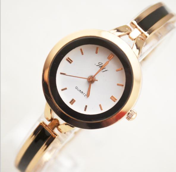 Đồng hồ nữ lắc tay đính đá thời trang JW 4