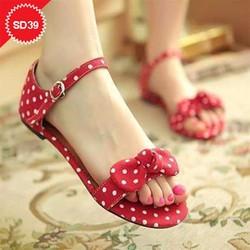 Giày sandal chấm bi