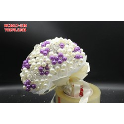 Hoa cưới cầm tay được làm từ những hột bẹt , sang trọng độc đáo