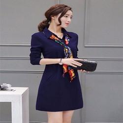 Đầm suông công sở kèm khăn choàng