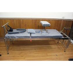 Giường kéo cột sống inox   10 kg tạ
