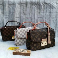 Túi xách thời trang sành điệu