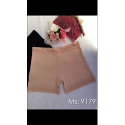 Quần đùi váy chất co dãn 4 chiều nặng 60kg đến 75 kg mặc vừa