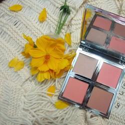 Phấn má hồng và tạo khối Beautifullybare Natural palette E.L.F