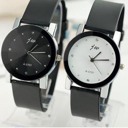 Đồng hồ đeo tay đôi nam nữ màu sắc cổ điển thiết kế sang trọng dh06