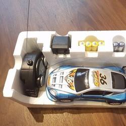 xe điều khiển từ xa drift Pin sạc giá rẻ xoay 360 độ
