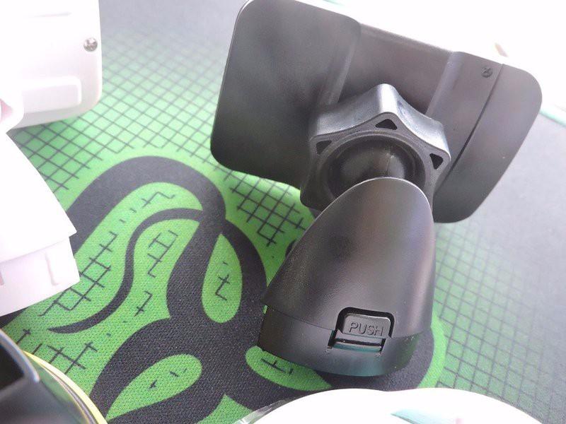 Kệ đỡ điện thoại trên ô tô CA5 Hoco 1