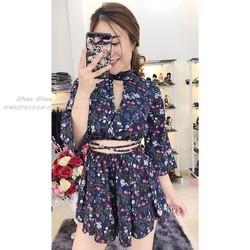 Jumpsuit short hoa nhí khoét lưng đan eo _MỎ CHU SHOP