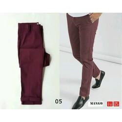 Quần kaki nam màu đỏ mận