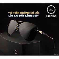 Mắt Kinh Nam Mercedes Benz