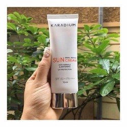 Kem Chống Nắng Karadium Snail Repair Sun Cream SPF 50+ PA+++