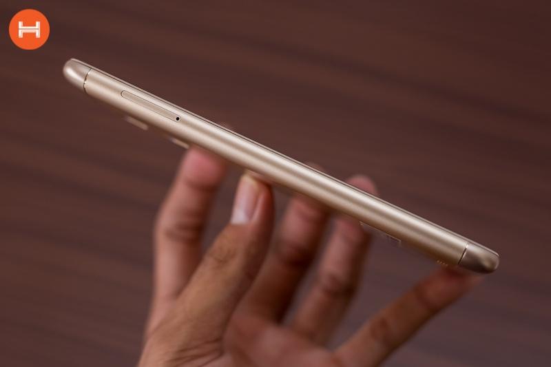Asus Zenfone 3 Max ZC520TL 13